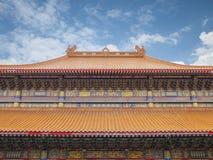 Taklägga av det kinesiska tempelet Royaltyfri Bild