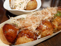 Takoyaki, billes de poulpe, nourriture japonaise Photos stock