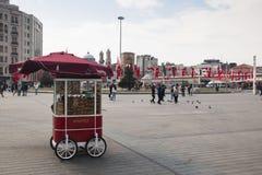 Taksim fyrkant i Istanbul, Turkiet Arkivfoton
