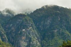 Taktsang Palphug monaster Paro, Bhutan (także znać jako Tygrysi gniazdeczko) Obraz Royalty Free