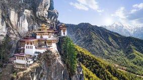 Taktshang Goemba o Tiger& x27; tempio del nido di s sulla montagna, Bhutan Immagini Stock Libere da Diritti