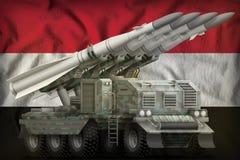 Taktyczny krótkiego zasięgu pocisk balistyczny z arktycznym kamuflażem na Egipt flagi państowowej tle ilustracja 3 d royalty ilustracja