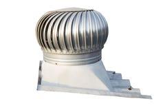 Takventilatorn på taket av bransch, hjälper att ventilera varm luft som svävar på högt inom byggnaden, går ut samtidigt, låter royaltyfri foto