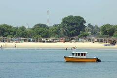TAKWA-FJÄRDSTRAND PÅ JUL, LAGOS NIGERIA royaltyfri foto