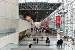 000 70-tal 62 675 700 1986 arkitekter, som avenyn byggde för stadscoliseumen för den center cirkeln som det columbus begreppet ko Royaltyfri Bild