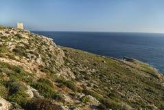 Tal Hamrija wierza blisko Mnajdra megalitycznej świątyni w Malta obraz royalty free