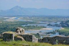 Tal von Drin-Fluss- Rozafa-Schloss Stockbild