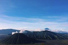 Tal von Vulkanen Lizenzfreie Stockfotos