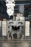 Taladro del metal Máquinas industriales del metal fotos de archivo