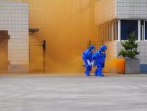 Taladros de emergencia peligrosos de la salida de las sustancias químicas Foto de archivo libre de regalías