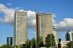 TALAN STÅR HÖGT i Astana Arkivfoton