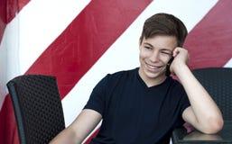 talande barn för emotionell mantelefon Fotografering för Bildbyråer