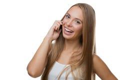 talande kvinna för härlig telefon Arkivfoto