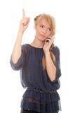 talande kvinnabarn för härlig mobil telefon Arkivfoto