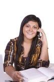 talande tonåring för telefon Royaltyfria Foton