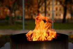 Talen †‹â€ ‹van brand het branden in de kaars Stock Foto's