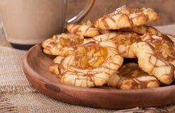 Talerz Jabłczani karmel ciastka Zdjęcie Royalty Free