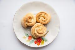Talerz krótcy chlebowi ciastka z pecans Zdjęcie Stock
