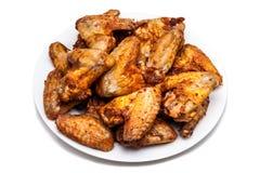 Talerz wyśmienicie grilla kurczaka skrzydła Obrazy Royalty Free