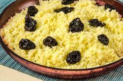 Talerz z gotującym couscous z przycina Obraz Royalty Free