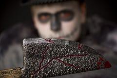 Talhador de carne ensanguentado sinistro de Dia das Bruxas Foto de Stock Royalty Free