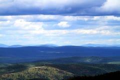 Talimena Ouachita山的推进视图 免版税库存照片