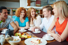 Talk in cafe Royalty Free Stock Images