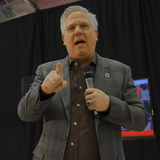 Talk show host Glenn Beck introduces US Senator Ted Cruz Campaigns in Las Vegas before Republican Nevada Caucus Royalty Free Stock Image
