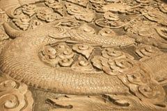 Talla de madera de un dragón Fotografía de archivo libre de regalías