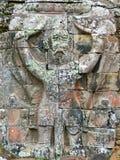 Talla de piedra de la laterita antigua del Khmer de Garuda imagen de archivo libre de regalías