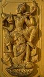 Talla en el monasterio de la teca cubierto con oro Imagenes de archivo