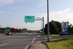 Tallahassee Entrance Sign To 10 East Lake City at the Next Right stock images