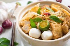 Tallarines calientes y picantes del curry de Singapur Fotografía de archivo