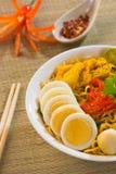 Tallarines calientes y picantes del curry de Singapur Fotos de archivo