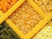 Tallarines coloridos Foto de archivo