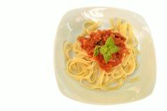 Tallarines con la salsa de tomate Fotografía de archivo libre de regalías