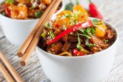 Tallarines de arroz frito con el camarón Fotografía de archivo libre de regalías