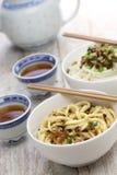 Tallarines de Dan dan, cocina de Sichuan del chino imagen de archivo