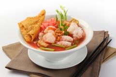 Tallarines deliciosos de Yen Ta Four, Tailandia Fotografía de archivo