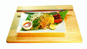 Tallarines fritos tailandeses Foto de archivo libre de regalías