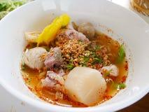 Tallarines picantes tailandeses fotos de archivo libres de regalías