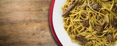 Tallarines sofritos, mein de Chow Cocina china Fotografía de archivo libre de regalías
