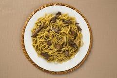 Tallarines sofritos, mein de Chow Cocina china Imágenes de archivo libres de regalías