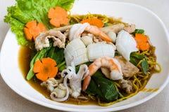 Tallarines tailandeses de los mariscos Imágenes de archivo libres de regalías