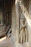 Tallas de piedra camboyanas fotografía de archivo libre de regalías