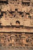 Tallas en Gopura, capilla de Deivanayaki Amman, adyacente al templo de Airavatesvara, Darasuram, Tamil Nadu Visión desde el oeste Foto de archivo libre de regalías