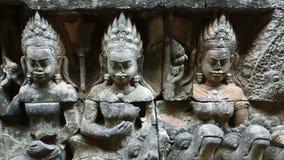 Tallas en rey Terrace, Angkor Thom, Siem Reap, Camboya del leproso metrajes