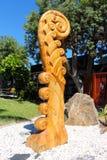 Tallas maoríes en Russel céntrico foto de archivo