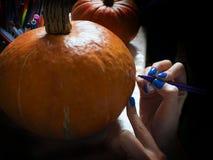 Talle las calabazas para Halloween Imagenes de archivo