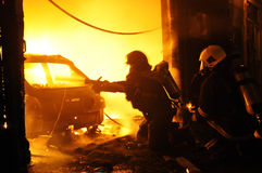 Taller de reparaciones auto del fuego Fotos de archivo libres de regalías